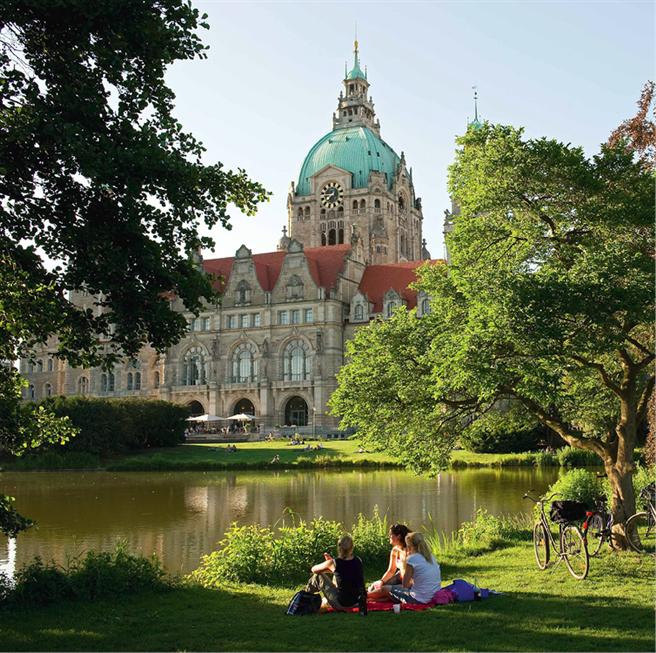 Was viele Hannover-Besucher für ein Schloss halten, ist in Wirklichkeit das Neue Rathaus. © HMTG (Foto: Martin Kirchner)