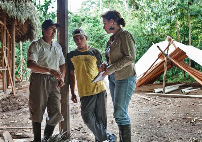 Siebzig Jahre und unermüdlich: Die Hälfte ihres bisherigen Lebens hat die erfolgreiche Verlegerin Mascha Kauka ihrem engagiertem Kampf für den Erhalt des ecuadorianischen Regenwaldes gewidmet. © Barbara Dombrowski