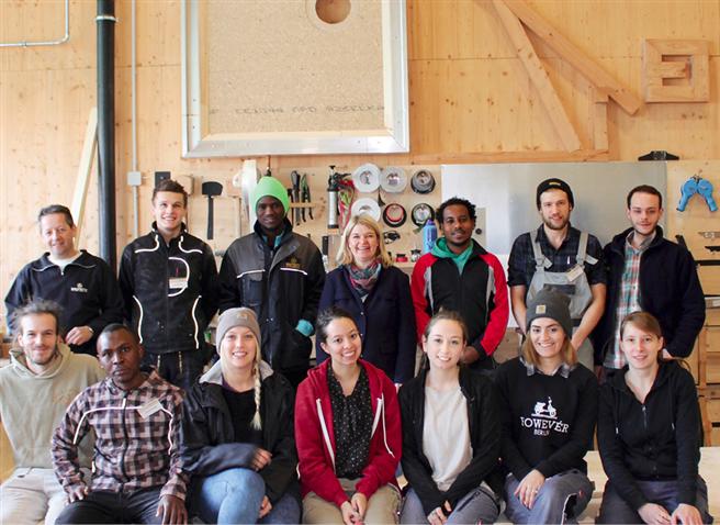 Im Projekt sur.viva arbeiten Studenten, Professoren und Baufritz-Mitarbeiter an Lösungen für zeitgerechte Unterkünfte. Foto: © Baufritz