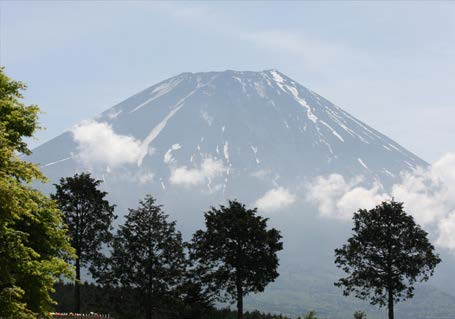 Mt. Fuji the holy Japanese mountain. © Tatsuru Nakayama