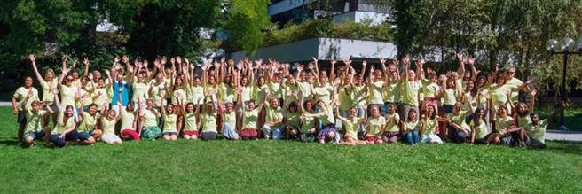 Über 150 Freiwillige unterstützen das größte Umweltfilm-Festival der Schweiz. © Filme für die Erde
