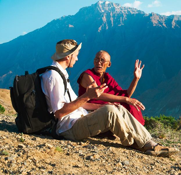 Reisebranche und SDG. Die Begegnung mit anderen Kulturen schafft Verständnis dafür, sich gemeinsam für die Welt einzusetzen. © Omur12_Dreamstime.com
