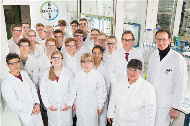 Die Teilnehmer des 21. Landesseminares mit ihren Betreuern. Foto: Bayer AG