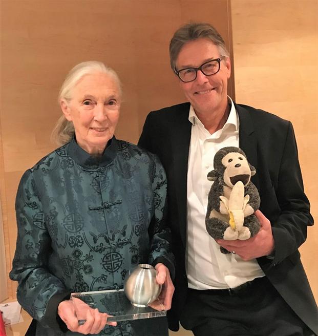 Dr. Jane Goodall und Fritz Lietsch bei der Verleihung zum deutschen Nachhaltigkeitspreis. © Mary Lewis