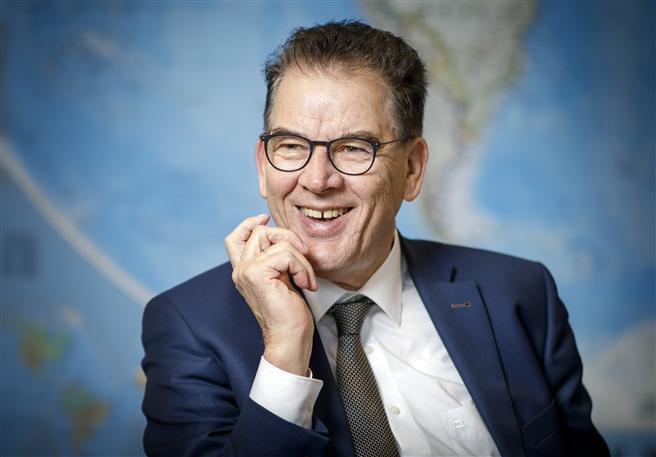 Dr. Gerd Müller Bundesminister für wirtschaftliche Zusammenarbeit und Entwicklung. © Janine Schmitz, photothek.net