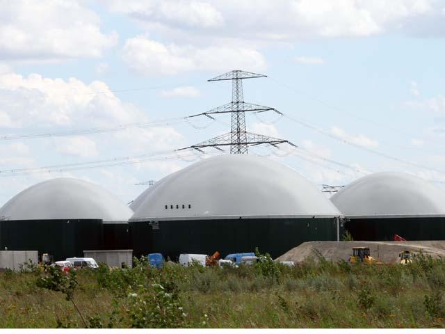 Der Bau der Biogasanlage läuft in enger Abstimmung mit der Gemeindeverwaltung, dem Bürgermeister und der Bevölkerung seit Ende letzten Jahres auf Hochtouren. © UDI Beratungsgesellschaft mbH