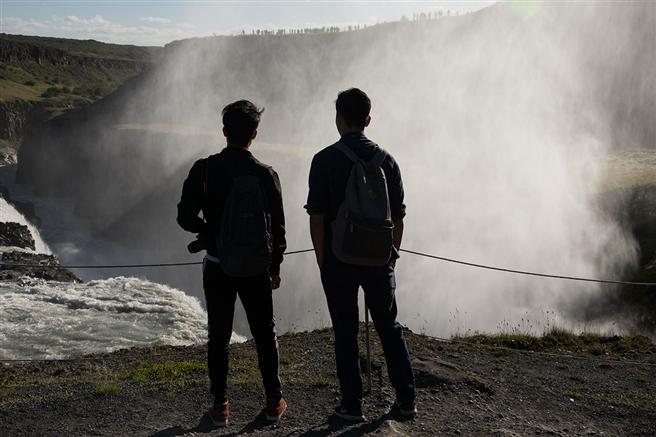 Begleitet wird die Reise von den beiden Island-Expertinnen Claudia Kerns und Maria Krüger. © B.A.U.M. e.V.