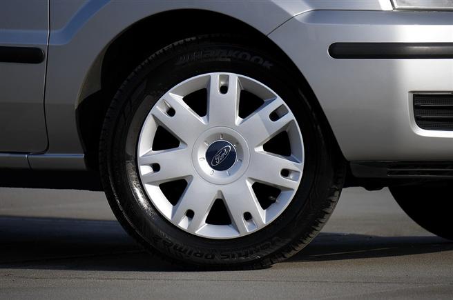 Inzwischen fließen auch ökologische Aspekte in die Reifenproduktion ein. © MikesPhotos, pixabay.com