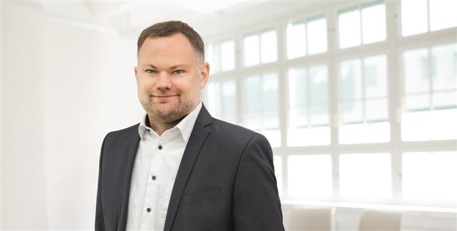 Geschäftsführer Markus Becker freut sich, dass EcoIntense durch die neuen Standorte noch noch besser auf die länderspezifischen Bedürfnisse von Unternehmen eingehen und sie bei der Einführung der Software EcoWebDesk unterstützen kann. © EcoIntense GmbH
