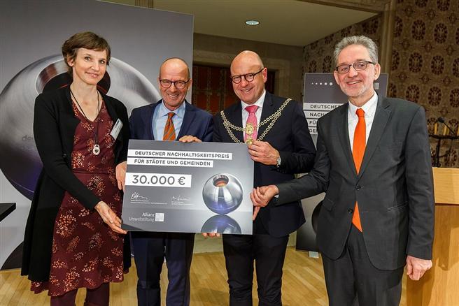 Letztes Jahr freute sich über die Auszeichnung Münsters, als Deutschlands nachhaltigste Großstadt. © Heiner Witte, Allianze Umweltstiftung