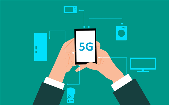 Jörn Gutbier, Vorsitzender von diagnose:funk fordert 'Bis heute liegt keine Technikfolgenabschätzung für die jetzt versteigerte 5G-Mobilfunkstrahlung vor, das muss sich schleunigst ändern!' © Mohamed Hassan, pixabay.com