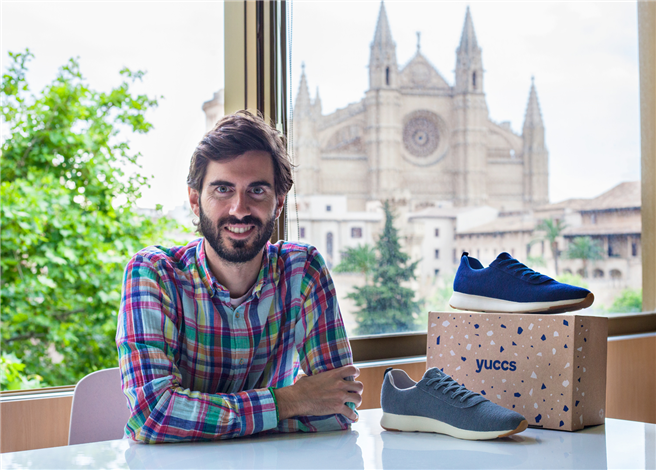Pablo Mas designt den leichtesten Schuh der Welt aus Merinowolle und Rizinusöl-Sohle – hergestellt in Spanien © YUCCS