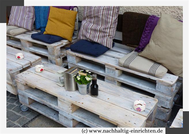 Loungemöbel aus Paletten © www.nachhaltig-einrichten.de