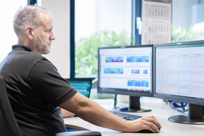 Rainer Hück, Leiter des Energiemanagements der CLASSEN Gruppe in Kaisersesch, berichtet hier im CLASSEN Blog ausführlich über ein Projekt, bei dem erheblich Energie gespart werden konnte. © CLASSEN Group
