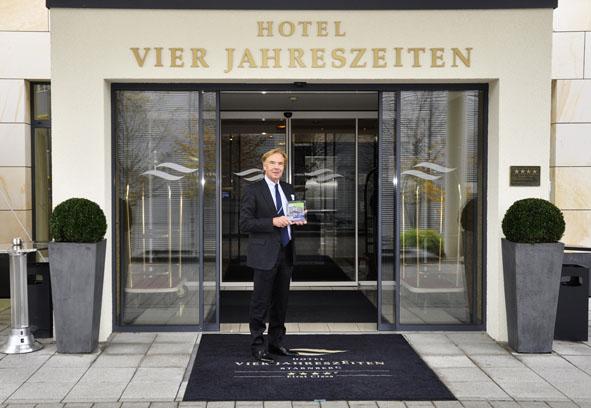 Dr. Detlef Graessner (Inhaber Hotel Vier Jahreszeiten Starnberg) Foto ©Hotel Vier Jahreszeiten Starnberg